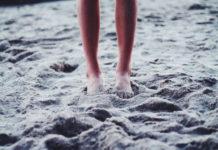 Περπατήστε ξυπόλυτοι